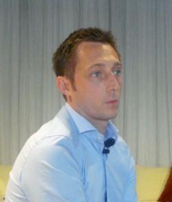 Berto Salotti: raccontarsi, apprendere, stupire | Asarva