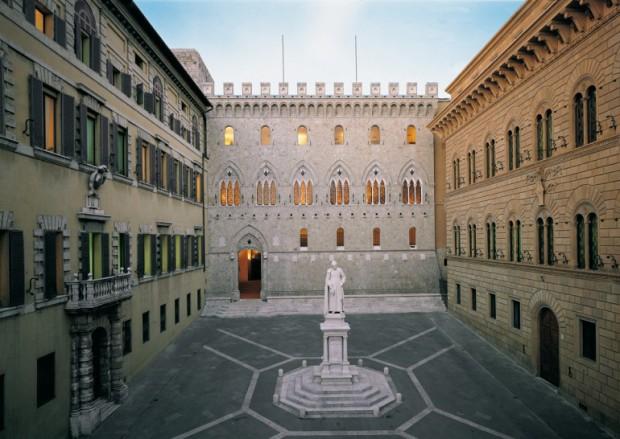 PiazzaSalimbeni1-770x5461