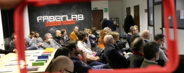 faberlab-festeggia-un-anno-con-arduino_6c1db786-d09f-11e4-b0d7-d63d9a9a5fb7_998_397_original