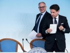 Italian Prime Minister, Giuseppe Conte, with Italian Minister of Economy Roberto Gualtieri (L) attend a press conference at the end of the summit on the financial economic Maneuver at Chigi Palace in Rome, Italy, 06 December 2019. ANSA/ANGELO CARCONI