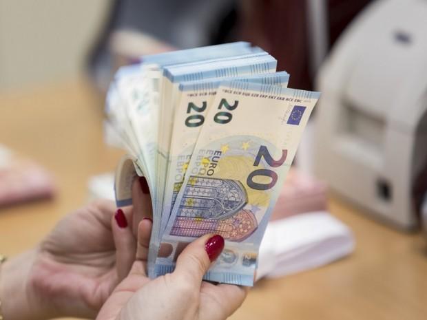 BANCONOTA BANCONOTE EURO SOLDI DENARO CONTEGGIO 20 VENTI